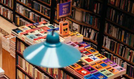 librería con libros para regalar en navidad